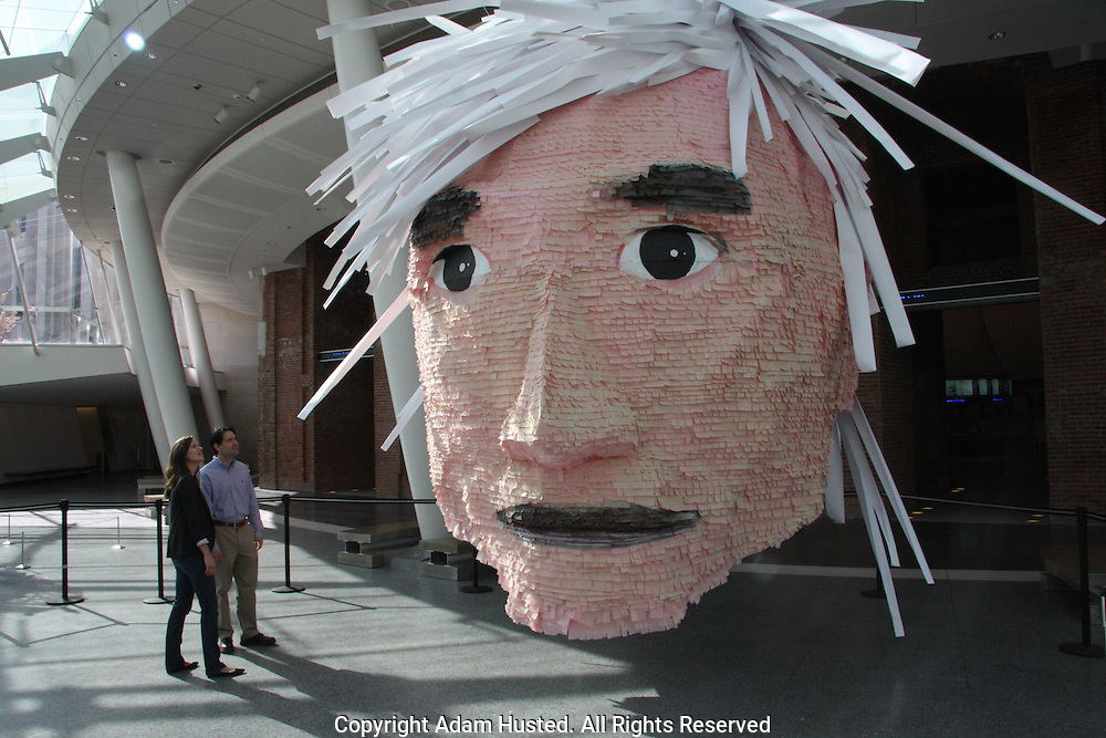 Andy Warhol Piñata by Jennifer Rubell at Brooklyn Museum. Photo © Adam Husted