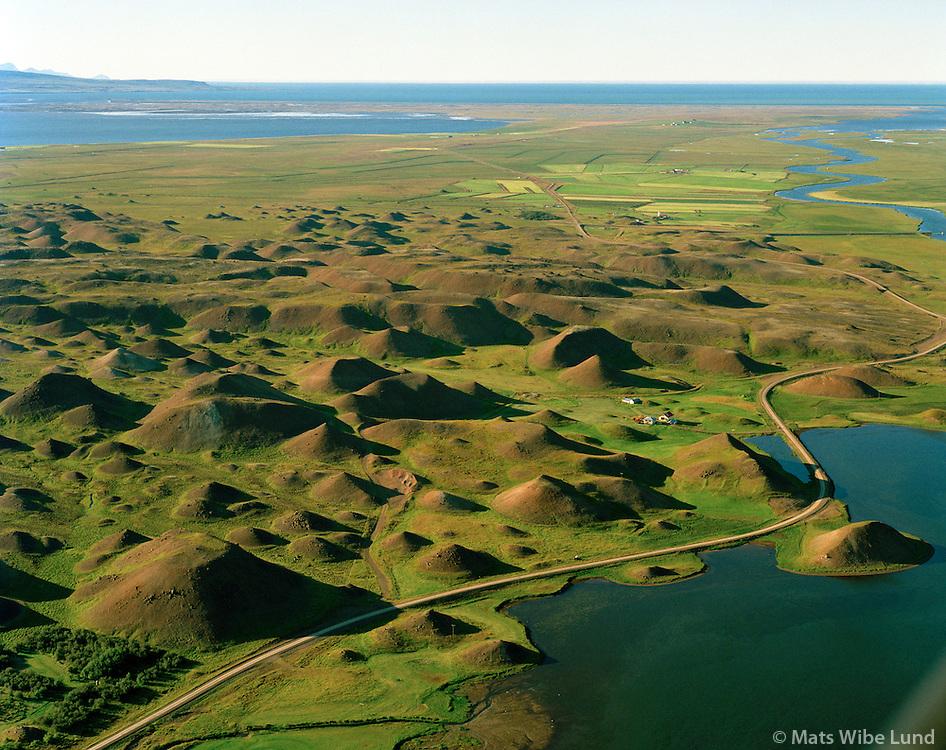 Vatnsdalshólar séð til norðurs, Húnavatnshreppur áður Sveinsstaðahreppur. / Vatnsdalsholar viewing north, Hunavatnshreppur former Sveinsstadahreppur.