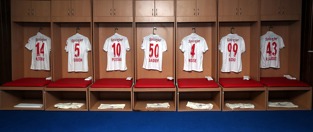 Delhi Dynamos FC Dressing room  before the start of the match 9 of the Indian Super League (ISL) season 3 between Kerala Blasters FC and Delhi Dynamos FC held at the Jawaharlal Nehru Stadium in Kochi, India on the 9th October 2016.<br /> <br /> Photo by Sandeep Shetty / ISL/ SPORTZPICS