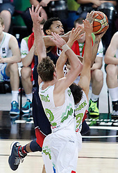 09.09.2014, City Arena, Barcelona, ESP, FIBA WM, Slowenien vs USA, im Bild Slovenia's Zoran Dragic (l) and Domen Lorbek (r) and USA's Derrick Rose // during FIBA Basketball World Cup Spain 2014 match between Slovenia and USA at the City Arena in Barcelona, Spain on 2014/09/09. EXPA Pictures © 2014, PhotoCredit: EXPA/ Alterphotos/ Acero<br /> <br /> *****ATTENTION - OUT of ESP, SUI*****