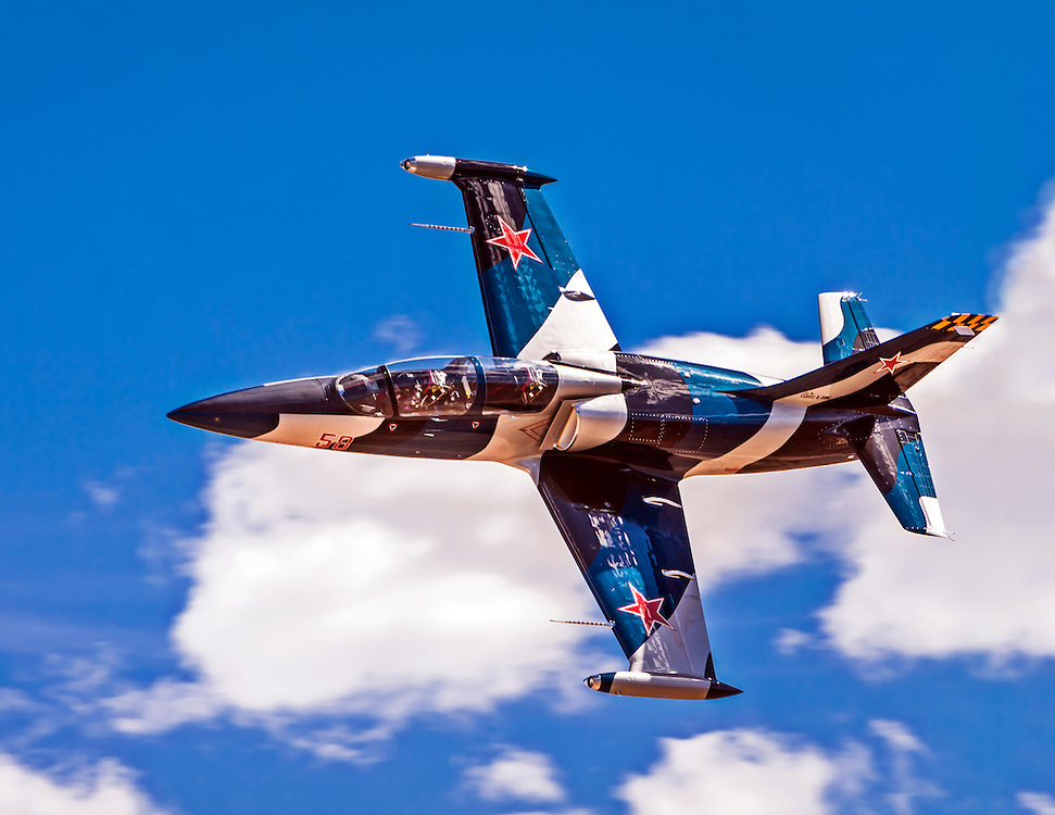 "L-39 ""Drakon"", flown by Jeff Turney of Reno, Nevada races for the Gold on Sunday at Reno."