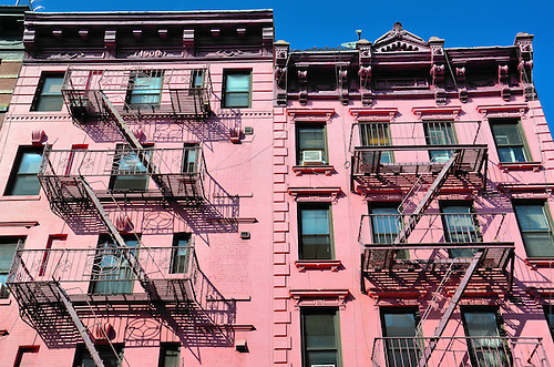 Pink Apartment Building In SoHo In New York City, New Yorku003cbr /u003e