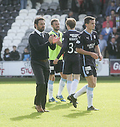 Dundee manager Paul Hartley applauds the more than 1000 strong Dundee traveling support at full time - St Mirren v Dundee, SPFL Premiership at St Mirren Park<br /> <br />  - &copy; David Young - www.davidyoungphoto.co.uk - email: davidyoungphoto@gmail.com