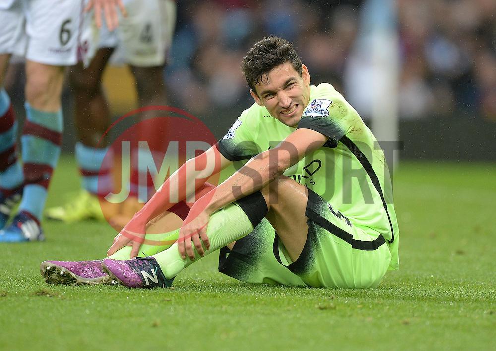 Jesus Navas of Manchester City looks in pain. - Mandatory byline: Alex James/JMP - 07966 386802 - 08/11/2015 - FOOTBALL - Villa Park - Birmingham, England - Aston Villa v Manchester City - Barclays Premier League