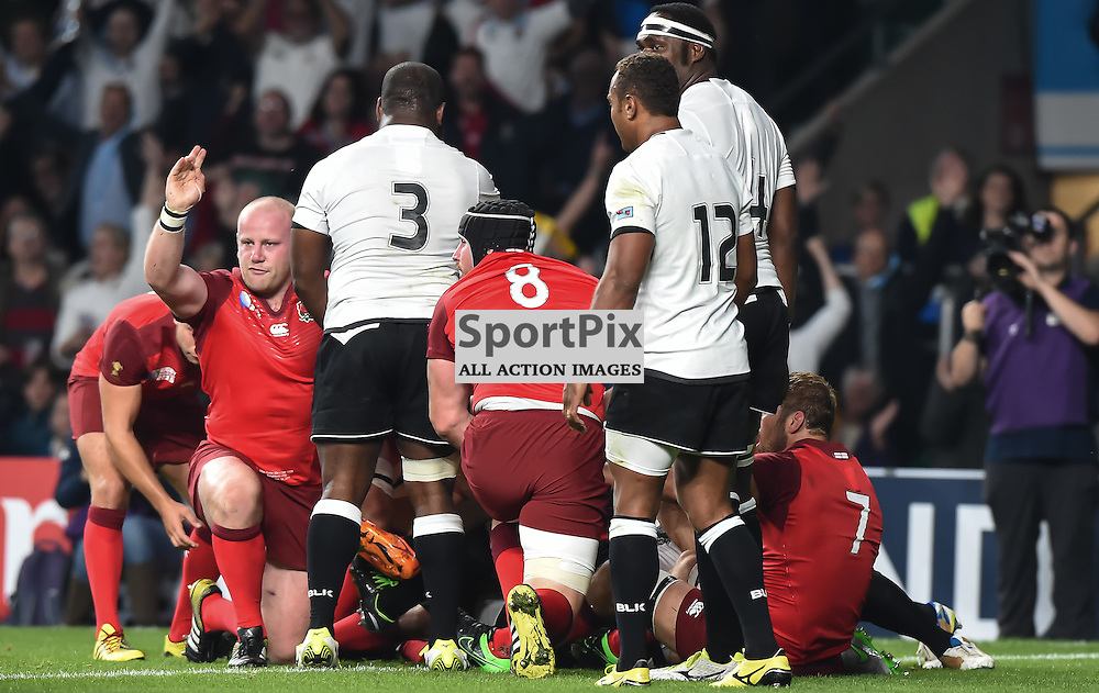 England's first half driving maul results in penalty try, the first of the tournament (c) Simon Kimber | SportPix.org.uk