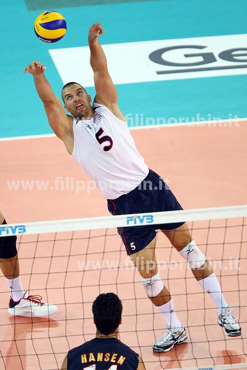 RICHARD LAMBOURNE IN RICEZIONE.USA - Francia.Volley 2010.Campionati mondiali pallavolo maschile 2010.Roma 04-10-2010.Foto Galbiati - Rubin