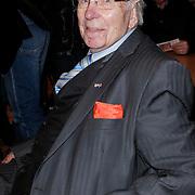 """NLD/St. Willibrord/20120427 - Boekpresentatie """"Op weg naar Alpe d'Huez"""" door Dries van Agt en zoon Frans, oud wielrenner Henk Faanhof"""