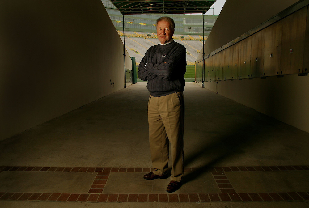 014501_1.tif. 6-12-03, 12Z Packer Plus; Bob Harlan talks about his role in the Packers' resurgence, the difficult issues he has faced, and the future of the franchise