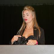 NLD/Amsterdam/20181029 - MTV pre party 2018, Roosje Huizinga
