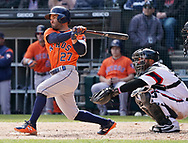 CHICAGO - APRIL 22:  Jose Altuve #7 of the Houston Astros bats against the Chicago White Sox on April 22, 2018 at Guaranteed Rate Field in Chicago, Illinois.  (Photo by Ron Vesely)   Subject:   Jose Altuve