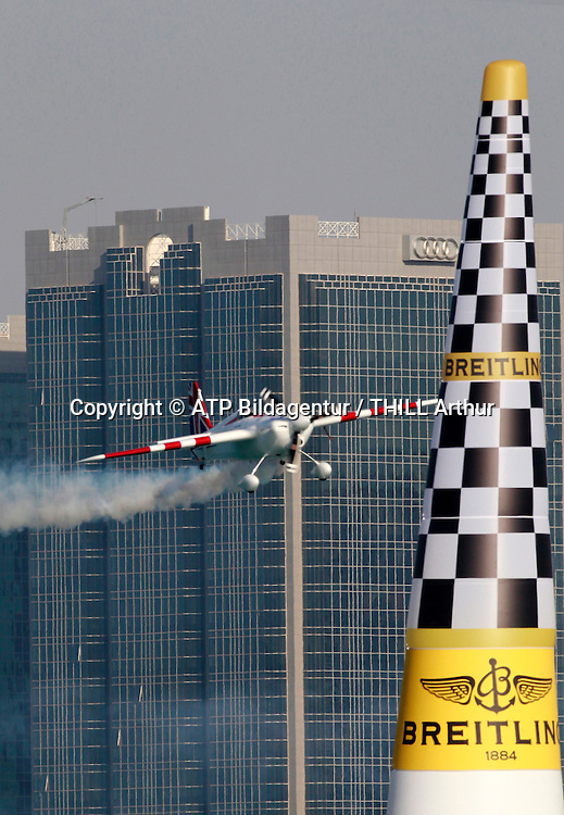 Paul BONHOMME, GBR, Winner of the Red Bull Air Race in Abu Dhabi / Air Plane EDGE 540 V2 - <br /> ABU DHABI 14. February 2015 - Air Race, Red Bull Air Race event in the United Arab Emirates - UAE, <br /> Flugzeug Rennen in den Vereinigte Arabische Emirate, Honorarpflichtiges Foto, Fee liable image, Copyright &copy; ATP THILL Arthur