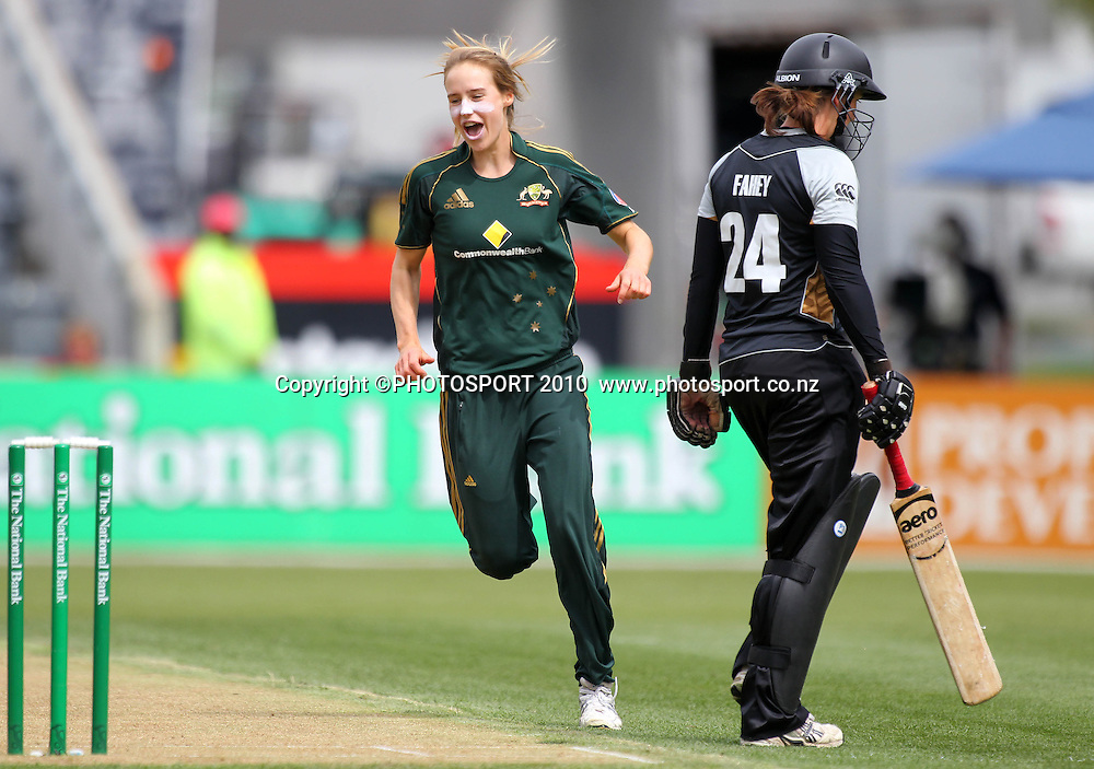 Ellyse Perry celebrates the wicket of Maria Fahey. Women's International Twenty20 cricket match - New Zealand White Ferns v Australia Southern Stars at AMI Stadium, Christchurch. Sunday 28 February 2010.