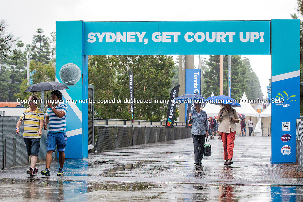 Rain Delay during Day 1 of the 2015 Apia Sydney International played at Sydney Olympic Park Tennis Centre, Sydney, Australia, Sunday, 11 Jan 2015. Photo: Murray Wilkinson (SMP Images).