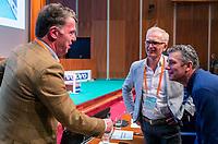 UTRECHT - KNHB bestuurslid Mark Pel met   met Marc Hans Smith en Richard Kleve  , sprekers  . Nationaal Hockey Congres van de KNHB, COPYRIGHT KOEN SUYK