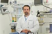 Dr. Tomás Escalante