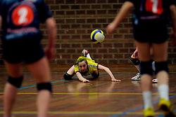 11-04-2009 VOLLEYBAL: ASICS OPEN: APELDOORN <br /> In Apeldoorn werden de finales van AsicsOpen georganiseerd / Piet Zoomers Dynamo - jeugd<br /> ©2009-WWW.FOTOHOOGENDOORN.NL