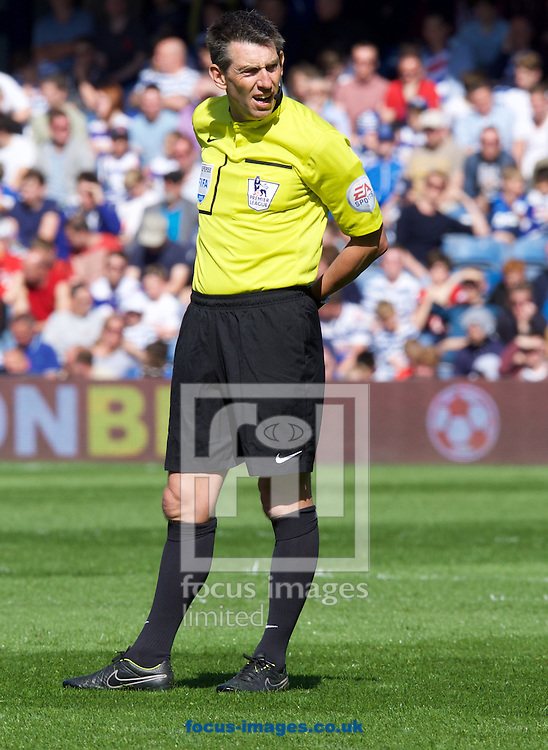 Referee Lee Probert during the Barclays Premier League match at the Loftus Road Stadium, London<br /> Picture by Alan Stanford/Focus Images Ltd +44 7915 056117<br /> 16/05/2015
