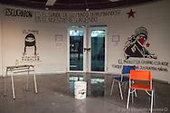 Pintas en uno de los salones de la USACH (Universidad de Santiago de Chile) durante la toma de la escuela en Julio 2013.