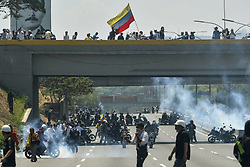 April 30, 2019 - Caracas, VEN - El gobierno de Venezuela dijo que estaba sofocando un intento de golpe de estado por parte de ''traidores'' militares después de que Juan Guaidó convocó a un levantamiento militar en un video que lo mostró rodeado de soldados. (Credit Image: © TNS via ZUMA Wire)