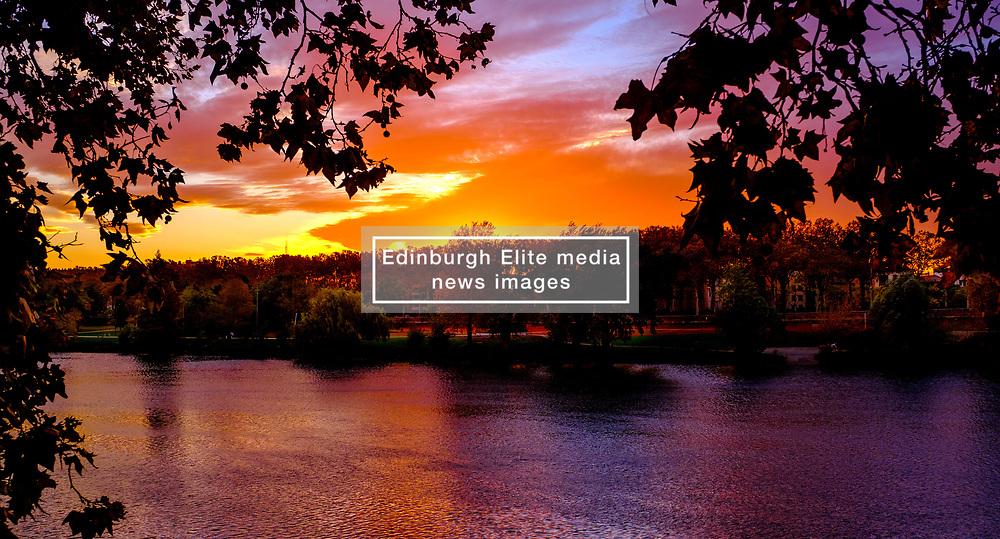 Autumn sunset over the Garonne River in Toulouse, France<br /> <br /> (c) Andrew Wilson | Edinburgh Elite media