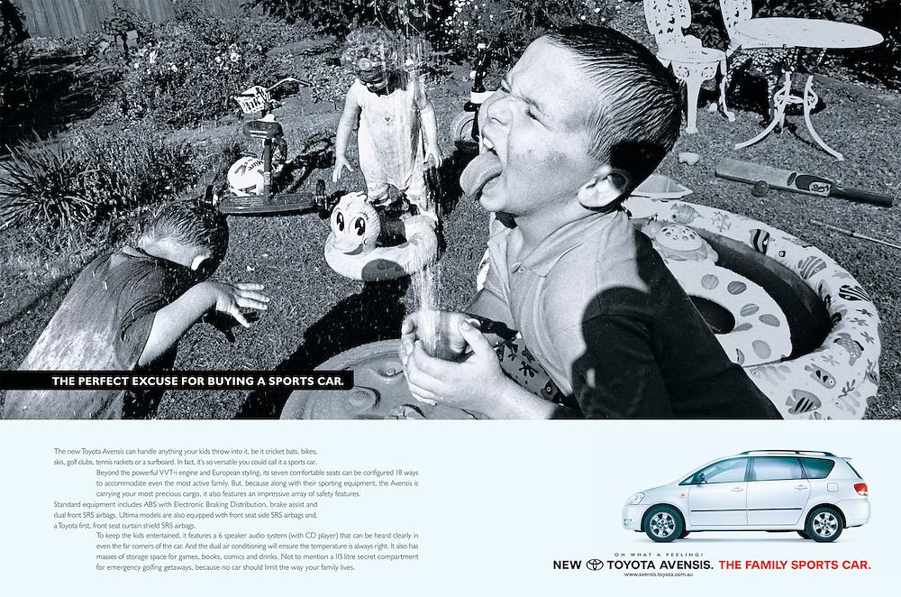 Sony Ad, Saatchi & Saatchi.