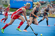 Alex Danson. England v The Netherlands, Lee Valley Hockey and Tennis Centre, London, England on 11 June 2017. Photo: Simon Parker