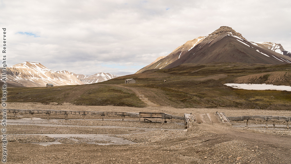 Huts in Mimerdalen, in the valley above Pyramiden