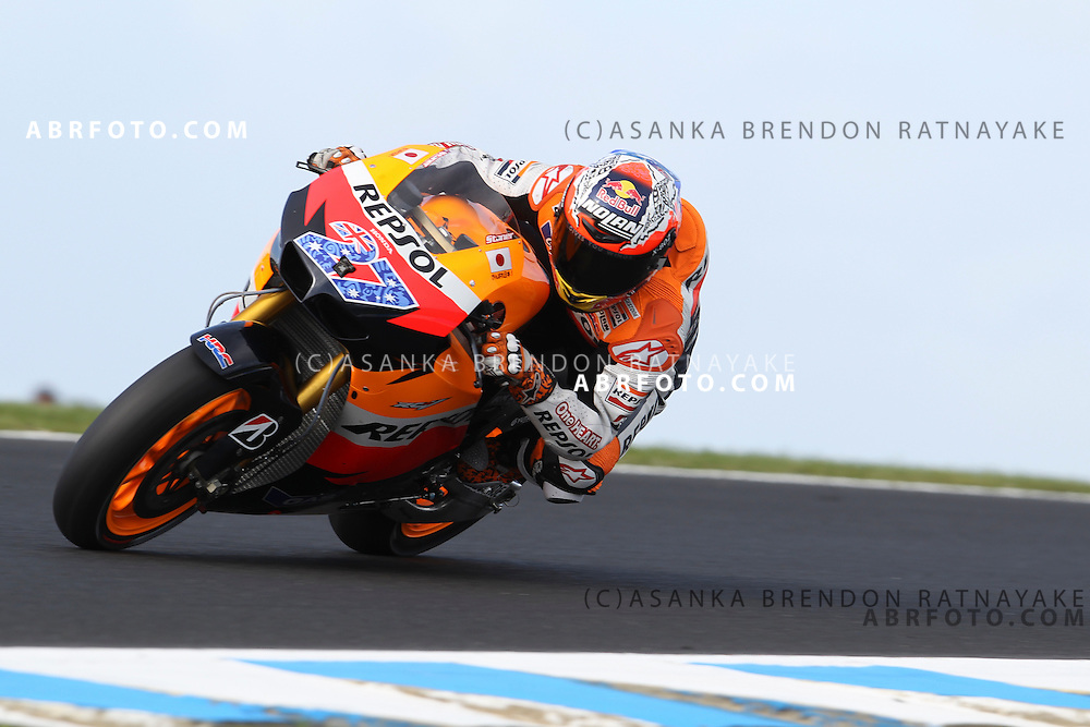 16 October 2011: Casey Stoner (27) riding the Repsol Honda turns into turn 9 during the IVECO Australian MotoGP Grand Prix at the Phillip Island Circuit in Phillip Island, Victoria, Australia.