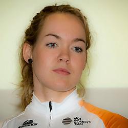13-01-2016: Wielrennen: Presentatie Rabo wielerploegen: Papendal<br />PAPENDAL (NED) wielrennen<br />Het Rabobank-Liv vrouwenteam en het Developmentteam werden op Papendal voorgesteld.<br />Anna van der Breggen is ook in 2016 te zien in de Giro Rosa. De winnares van afgelopen jaar wil er de puntjes op de i zetten voor Rio. De olympische wegwedstrijd is namelijk loodzwaar.