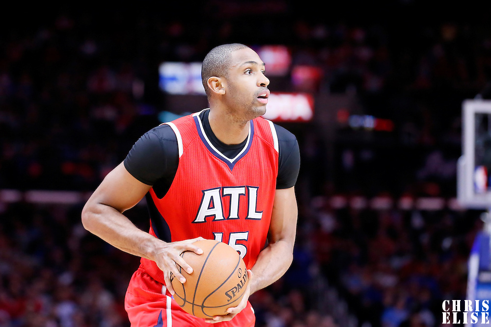 05 January 2014: Atlanta Hawks center Al Horford (15) looks to pass the ball during the Atlanta Hawks 107-98 victory over the Los Angeles Clippers, at the Staples Center, Los Angeles, California, USA.
