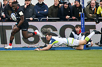 Rugby Union - 2019 / 2020 European Rugby Heineken Champions Cup - Pool Four: Saracens vs. Ospreys<br /> <br /> R. Segun, of Saracens breaks to score, at Allianz Park.<br /> <br /> COLORSPORT/WINSTON BYNORTH