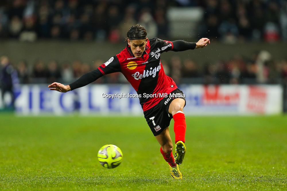 Dorian LEVEQUE  - 03.12.2014 - Guingamp / Caen - 16eme journee de Ligue 1 <br /> Photo : Vincent Michel / Icon Sport