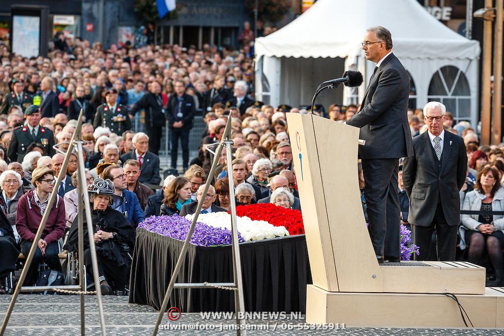 NLD/Amsterdam/20160504 - Nationale Dodenherdenking 2016 Dam Amsterdam, toespraak Aboutaleb