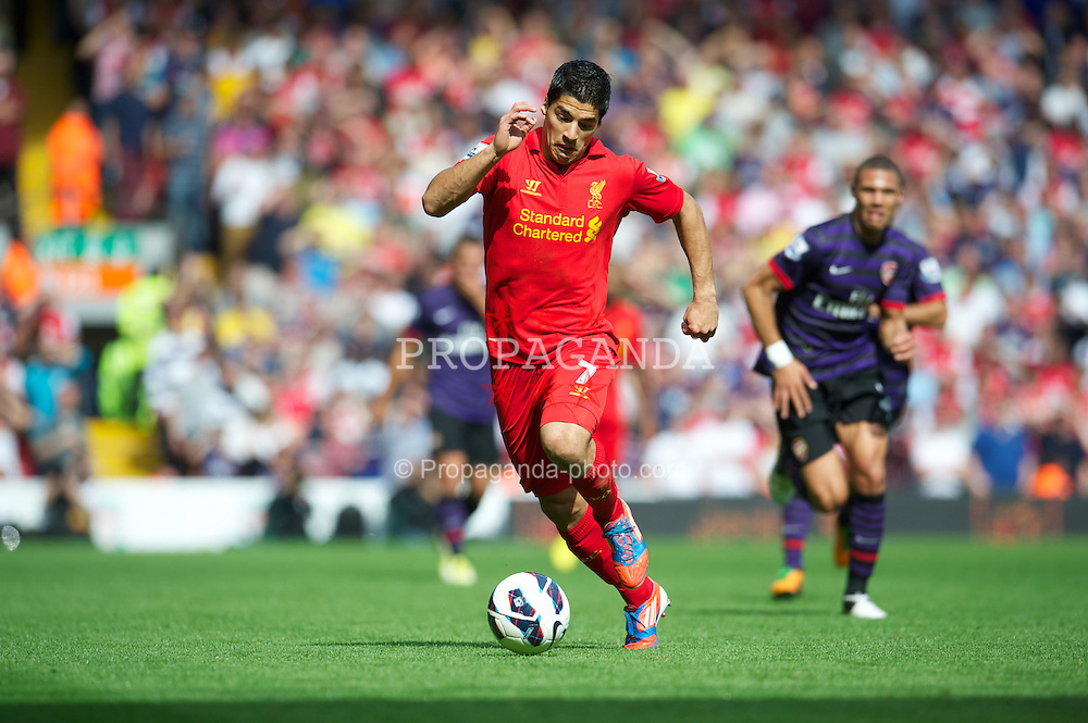 LIVERPOOL, ENGLAND - Sunday September 2, 2012: Liverpool's Luis Alberto Suarez Diaz in action against Arsenal during the Premiership match at Anfield. (Pic by David Rawcliffe/Propaganda)