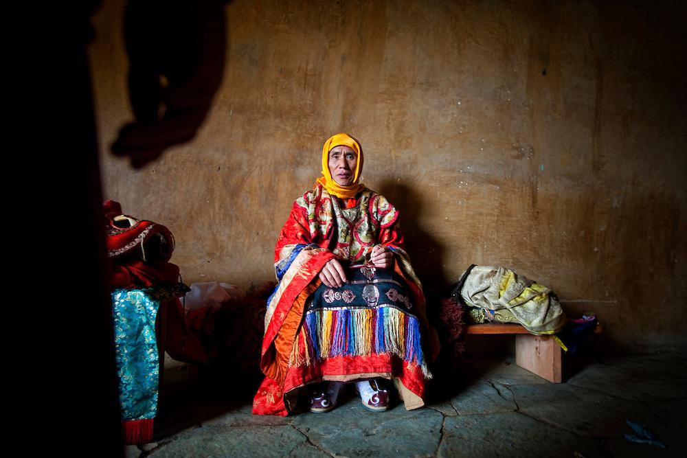 Asia, Tibet, Bhutan, Phobjikha, valley, Gangte, monastery, cham, tsechu, monnk, performer, actor