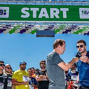 NLD/Amsterdam/20180701 - Evers staat op Run 2018, Edwin Evers en schaatser Sven Kramer