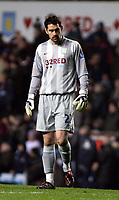 Photo: Mark Stephenson/Sportsbeat Images.<br /> Aston Villa v Manchester City. The FA Barclays Premiership. 22/12/2007.Villa's keeper Scott  Carson