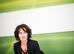 09.12.2014, Gruener Klub, Wien, AUT, Gruene, Pressekonferenz zum Thema: Vorschau auf das NR-Plenum & Aktuelles. im Bild Gruene Klubobfrau Eva Glawischnig // Leader of the parliamentary group the greens Eva Glawischnig during press conference of the greens about current topics at pressroom of the greens in Vienna, Austria on 2014/12/09. EXPA Pictures © 2014, PhotoCredit: EXPA/ Michael Gruber