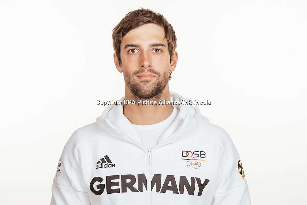 Hannes Aigner poses at a photocall during the preparations for the Olympic Games in Rio at the Emmich Cambrai Barracks in Hanover, Germany, taken on 19/07/16 | usage worldwide