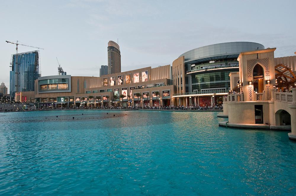 Dubai Mall, Dubai, UAE Archive of images of Dubai by Dubai photographer Siddharth Siva