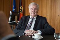 20 JUN 2018, BERLIN/GERMANY:<br /> Horst Seehofer, CSU, Bundesinnenminister, waehrend einem Interview, in seinem Buero, Bundesministerium des Inneren<br /> IMAGE: 20180620-02-017<br /> KEYWORDS: Büro