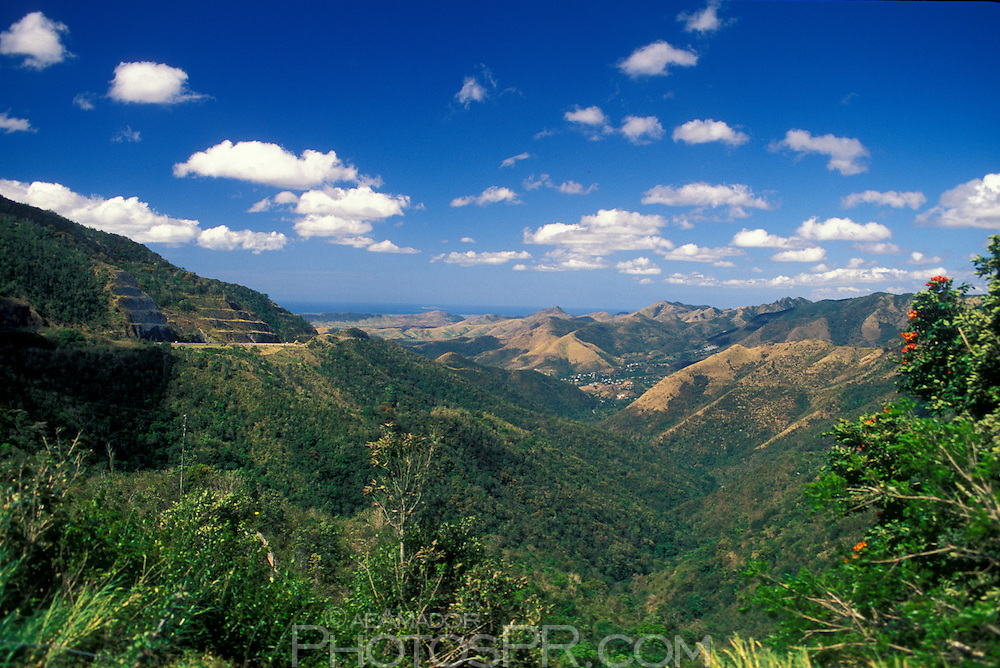 Central Mountain Range between Cayey and Salinas