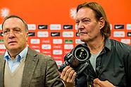 ZEIST - Bondscoach Dick Advocaat maakt tijdens een persconferentie op de KNVB Campus de selectie bek