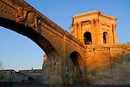 France, Languedoc Roussillon, Hérault (34), Montpellier, Promenade du Peyrou, le chateau d'eau et l'aqueduc  Saint Clement, détail