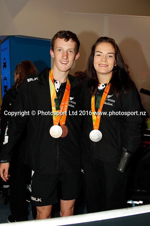 William Stedman and Holly Robinson. <br /> The New Zealand Rio 2016 Paralympic Team arrives at Auckland airport this morning to be greeted by families and well wishers. Copyright photo Dave Mackay / photosport.nz