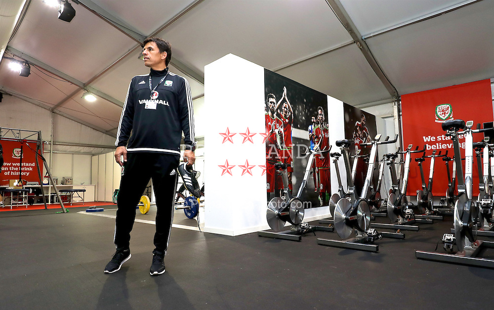 DINARD, FRANCE - Monday, June 6, 2016: Wales' manager Chris Coleman checks out the team's indoor gym at their training base in Dinard during the UEFA Euro 2016 Championship. (Pic by David Rawcliffe/Propaganda)