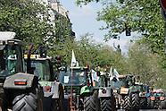 Manifestations des agriculteurs : 1300 tracteurs à Paris