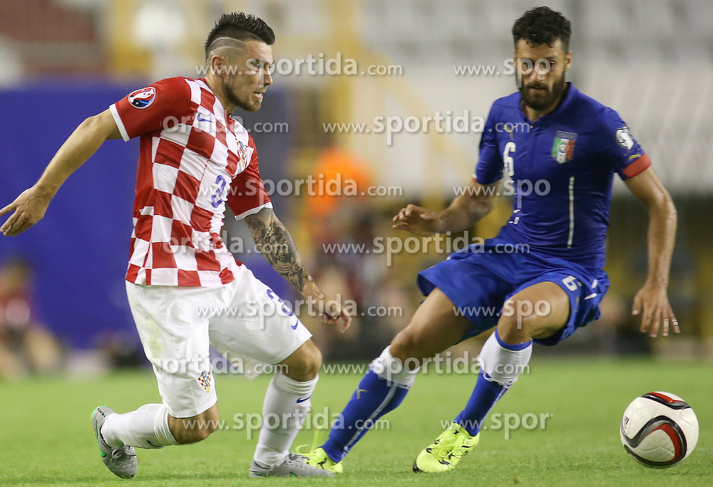 12.06.2015, Stadion Poljud, Split, CRO, UEFA Euro 2016 Qualifikation, Kroatien vs Italien, Gruppe H, im Bild Danijel Pranjic, Antonio Candreva // during the UEFA EURO 2016 qualifier group H match between Croatia and and Italy at the Stadion Poljud in Split, Croatia on 2015/06/12. EXPA Pictures &copy; 2015, PhotoCredit: EXPA/ Pixsell/ Igor Kralj<br /> <br /> *****ATTENTION - for AUT, SLO, SUI, SWE, ITA, FRA only*****