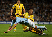 Photo: Paul Thomas.<br /> Manchester City v Derby County. The FA Barclays Premiership. 15/08/2007.<br /> <br /> Elano Blumer (11) of City battles with Javier Garrido.