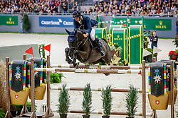 MUFF Werner (SUI), Jolie v. Molenhof<br /> Genf - CHI Geneve Rolex Grand Slam 2019<br /> Rolex Grand Prix<br /> Internationale Springprüfung mit Stechen<br /> International Jumping Competition 1m60<br /> Grand Prix Against the Clock with Jump-Off<br /> 15. Dezember 2019<br /> © www.sportfotos-lafrentz.de/Stefan Lafrentz